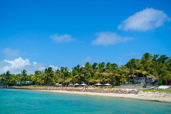 Le Surcouf Hotel & Spa: Beach