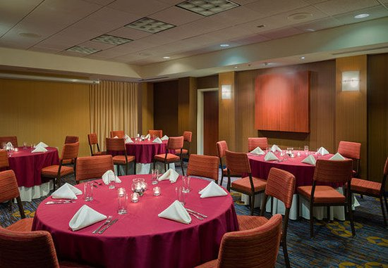 Courtyard Ewing Princeton : Banquet Facility