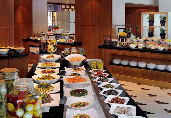 Dasman, Κουβέιτ: Atrium - Buffet