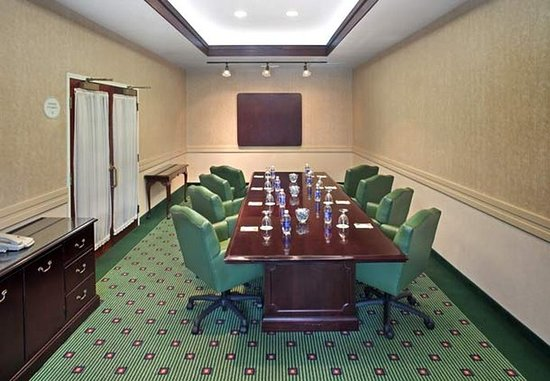 Norwich, Коннектикут: Boardroom