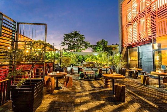 Garden area at Night - Picture of Nok by Alara, Lagos - Tripadvisor