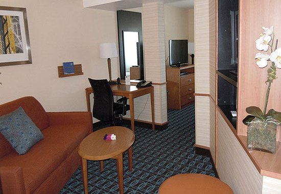 Ukiah, Californië: Executive King Suite – Living Area