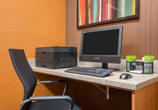 Mendota Heights, MN: Business Center