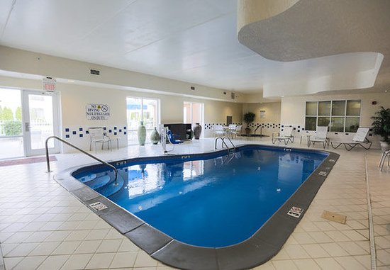 Berea, KY: Indoor Pool