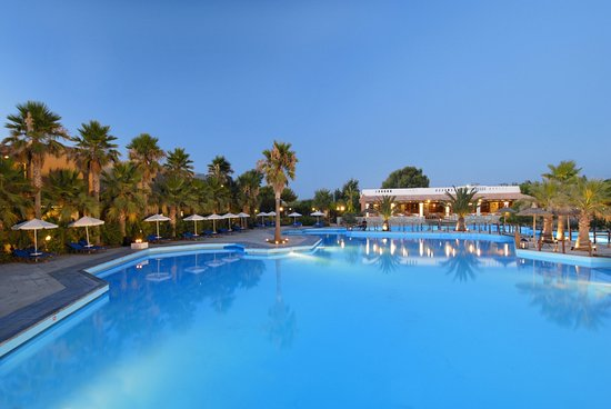 Photo of Aquila Rithymna Beach Hotel Adelianos Kambos