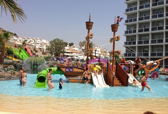 Hotel Los Patos Park: Fantastic for the kids