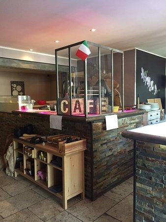 Mormoiron, ฝรั่งเศส: Restaurant pizzeria
