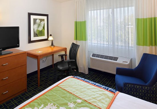 Fairfield Inn Kennewick: Queen Guest Room