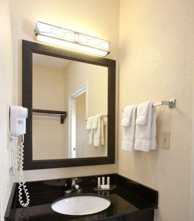 New Paris, OH: Guest Bathroom