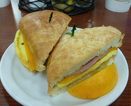 Saint Regis, MT: Breakfast Sam w/Ham...