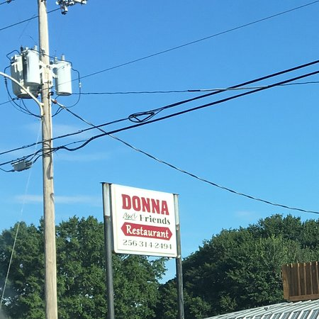 Muscle Shoals, AL: Donna & Friends Sign
