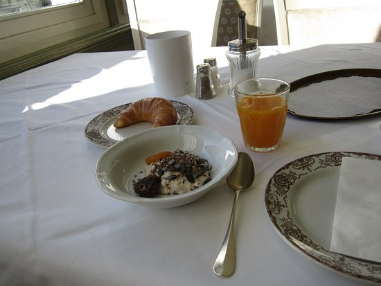 Soldanella: Petit déjeuner