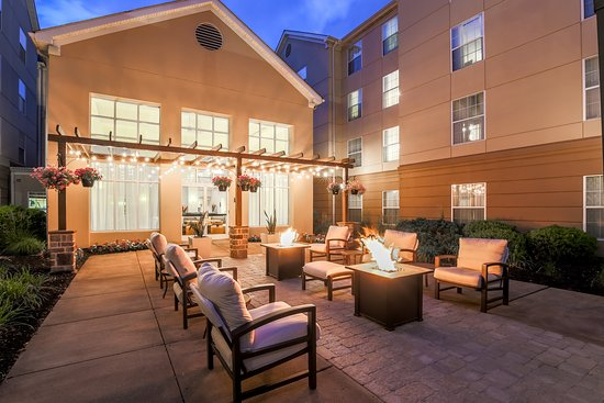 Homewood Suites by Hilton Philadelphia Great Valley: Outdoor with a Firepit