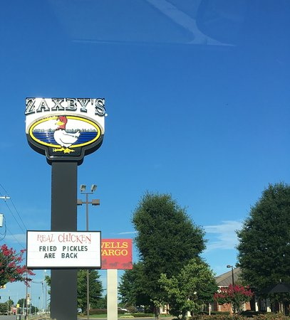 Muscle Shoals, AL: Zaxby's Sign