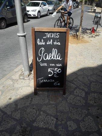Lloseta, Spanien: Menu PAELLA + vino + soda + agua 5,5 €
