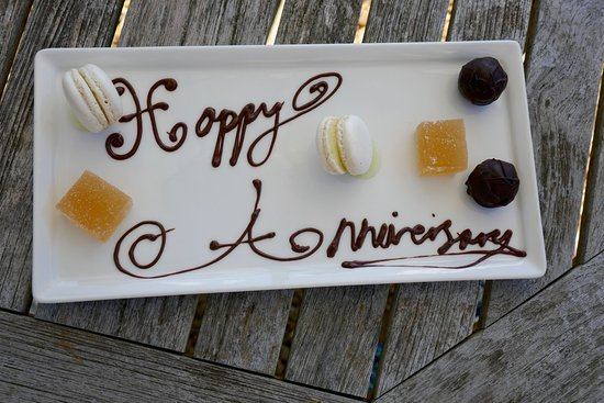 Hambleton, UK: Our petit fours with anniversary message