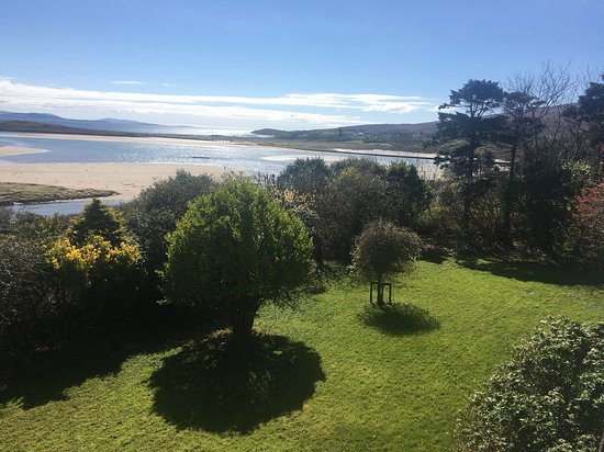 Mulranny, Ierland: Let the children play in our garden
