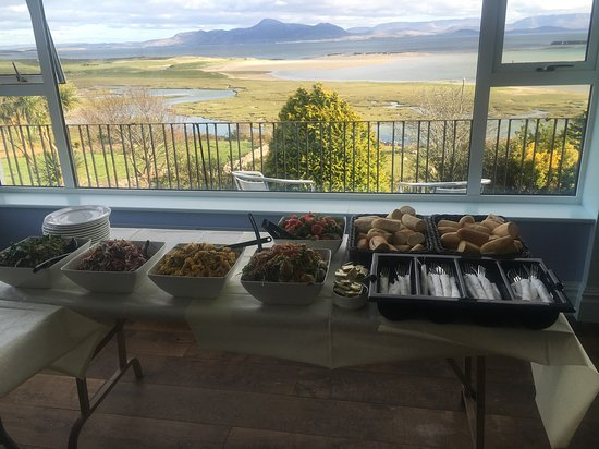 Mulranny, Ierland: Hold your function/party in our lounge with a view
