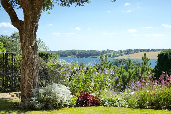 Hambleton, UK: The view over Rutland Water