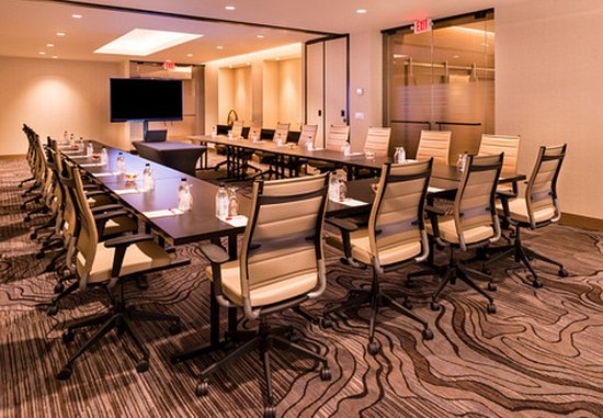 Melville, Nova York: Nassau-Suffolk Meeting Room