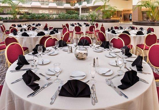 Melville, NY: Atrium Banquet