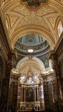 Sant'Antonio dei Portoghesi: 20160818_165553_large.jpg