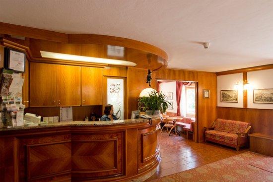 Hotel Santa Maria: Reception