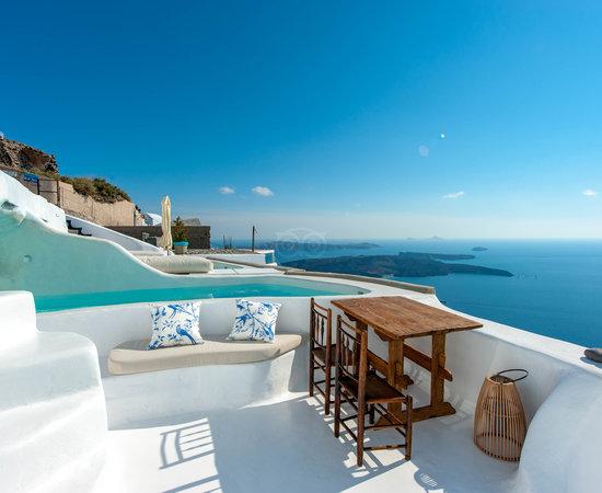 Photo of Hotel Sophia Luxury Suites at Imerovigli 847 00, Greece