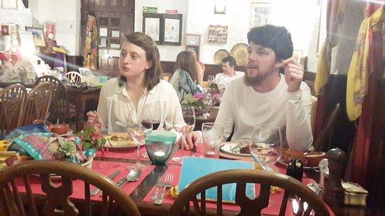 Estombar, البرتغال: An Irish couple, staying at the same B&B as us also enjoyed this superbe place.