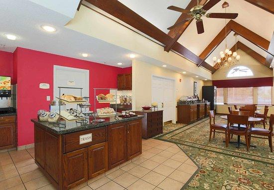 Exton, بنسيلفانيا: Breakfast Buffet