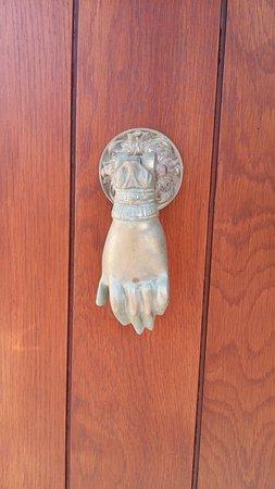 ...πόμολο πόρτας σε κατοικία στο Σταυρί Λακωνίας...
