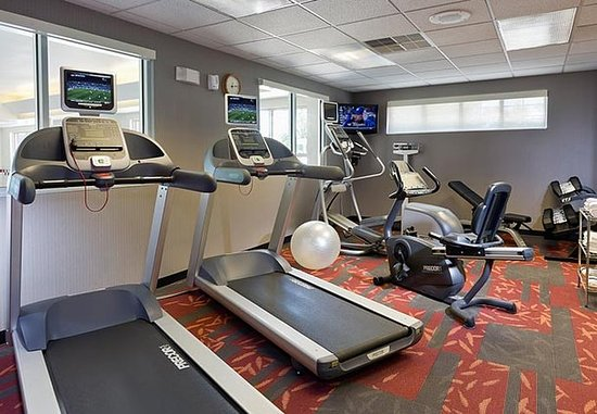 Cedar Rapids, IA: Fitness Center