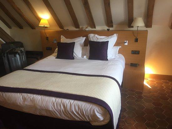 Relais & Chateaux - Hostellerie de Levernois: photo1.jpg