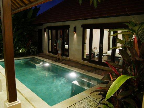 2 chambres voisines avec piscine privée - Photo de Villa Puspa ...