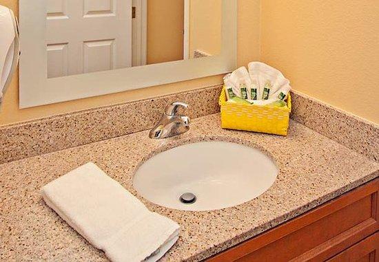 Rancho Cucamonga, Californien: Guest Room Bathroom