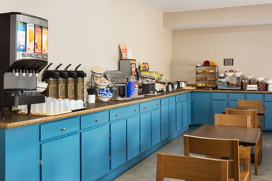 Pearl, MS: Breakfast Room