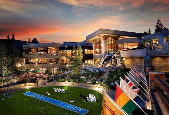 Resort at Squaw Creek_Exterior_Pavilion