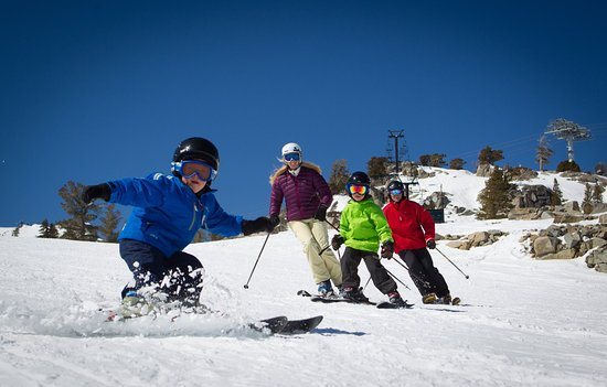 Olympic Valley, Kalifornien: Resort at Squaw Creek_Recreation_Family Skiing