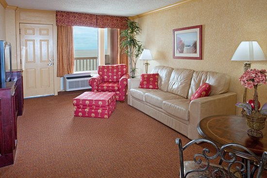 Holiday Inn Corpus Christi - N. Padre Island: Master suite with balcony and ocean view