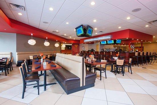 Full American Menu at Kem's Restaurant in Holiday Inn Itasca