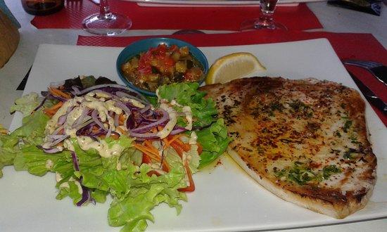 Bram, France: espadon grillé, juste parfait
