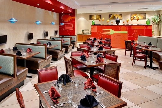 Holiday Inn Southaven - Central: Restaurant