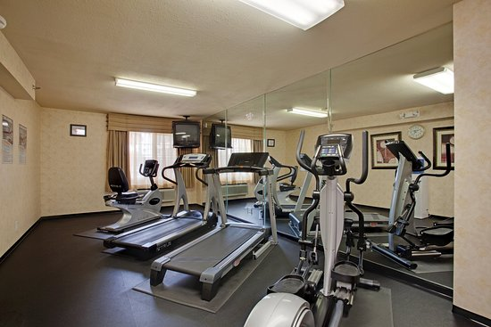 Colton, Kaliforniya: Staying Healthy while traveling enjoy our Fitness Ctr.