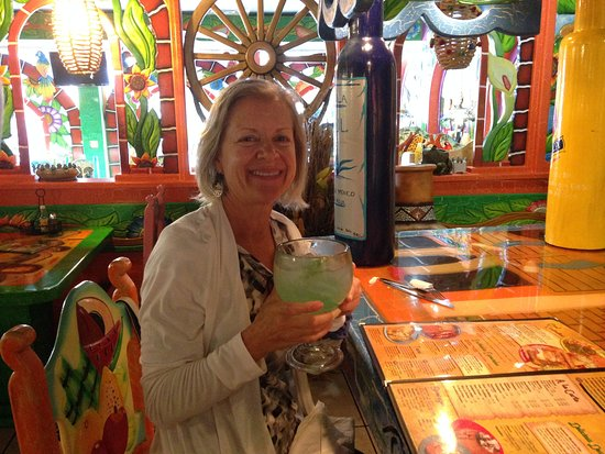 Crawfordsville, IN: Festive and JUMBO Margarita!