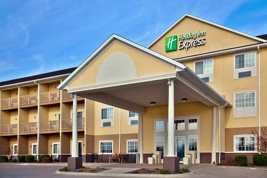 holiday inn express le claire riverfront davenport iowa. Black Bedroom Furniture Sets. Home Design Ideas