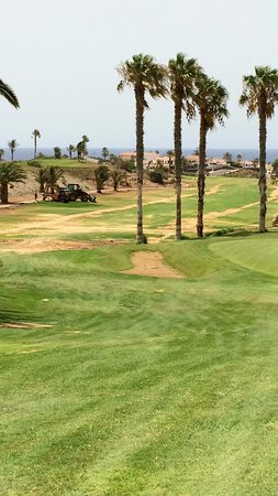 Amarilla Golf: (un)fairway du trou n°3. Injouable !