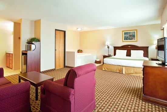 Οτάβα, Ιλινόις: King Executive Whirlpool Suite