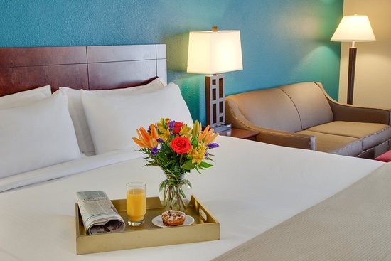 Camp Springs, MD : Room Feature