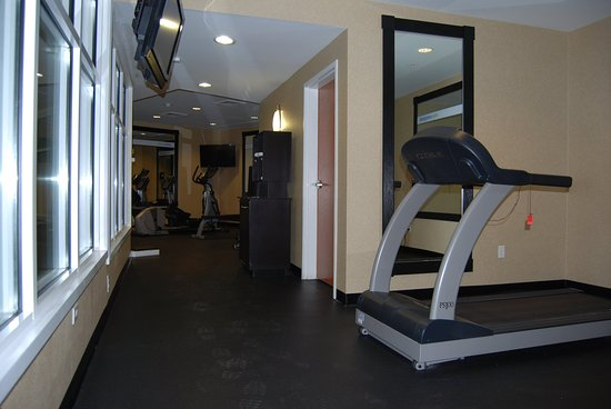 Holiday Inn Express Hotel & Suites : Fitness Center