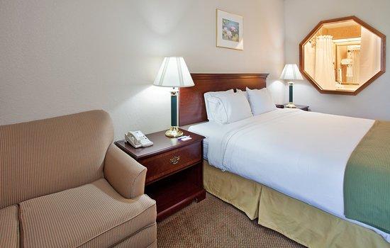 จังก์ชันซิตี, แคนซัส: King Bed Guest Room